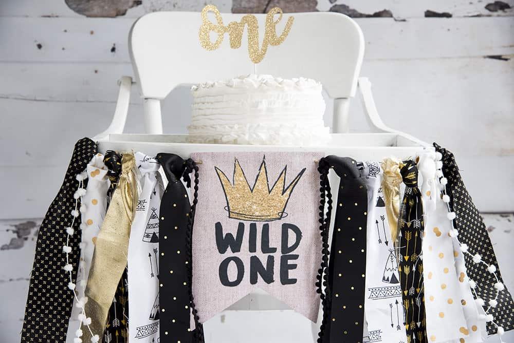 wild one high chair banner