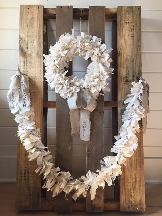 Shabby Chic Wreath rag wreath linen rabbit