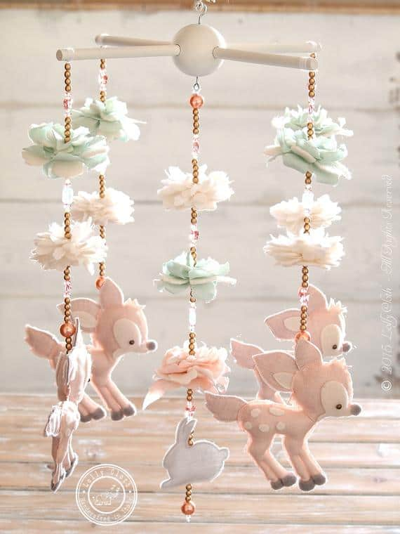 10 beautiful mobiles for baby girls