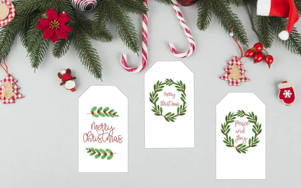berry wreath Christmas gift tags
