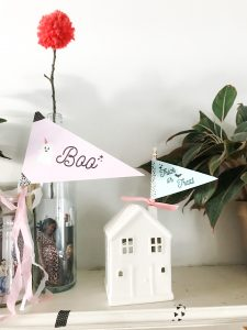Mini Halloween flags for decorations