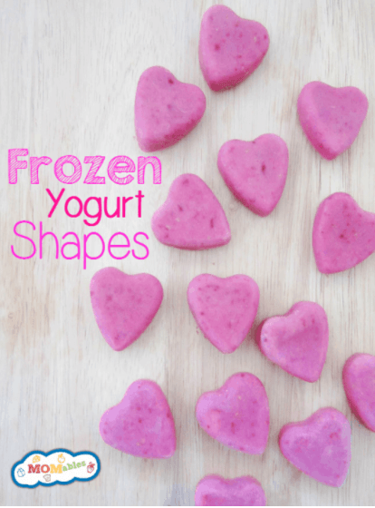 Valentine's Day frozen yogurt hearts by Momables