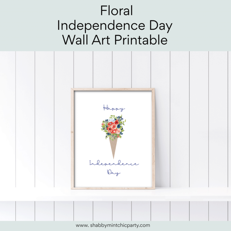 Indepdendence day wall art with cone and red white and blue flowers
